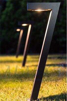 đèn trụ sân vườn cho biệt thự