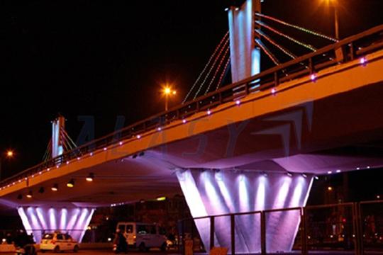 đèn led cầu đường